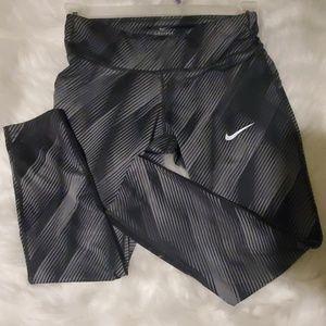Nike Pants - Nike Dri-fit  legging
